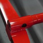 下町ボブスレーの赤い金属フレーム
